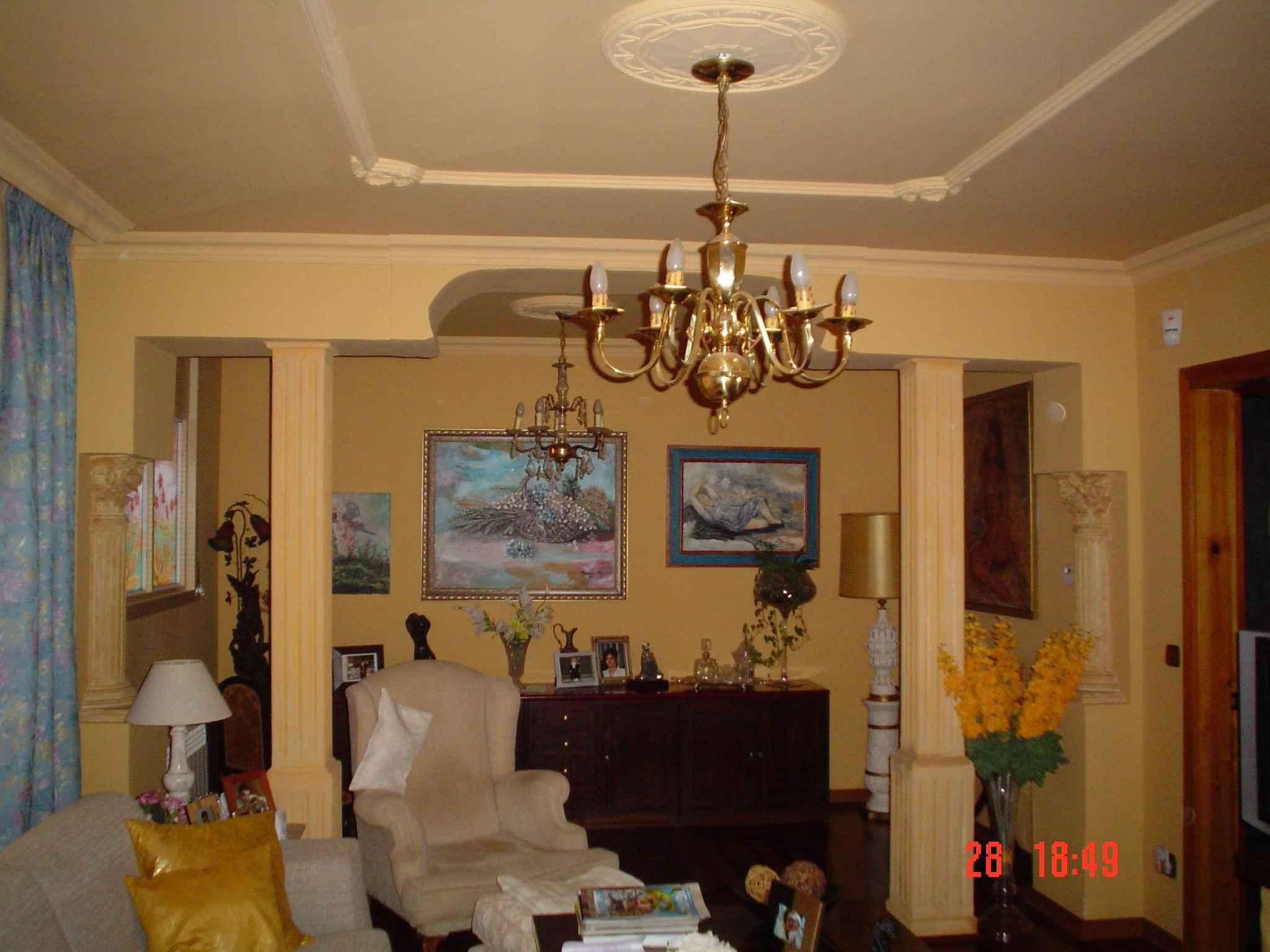 Pintura pintamos fachadas exteriores interiores casas for Pintura para interiores de casa